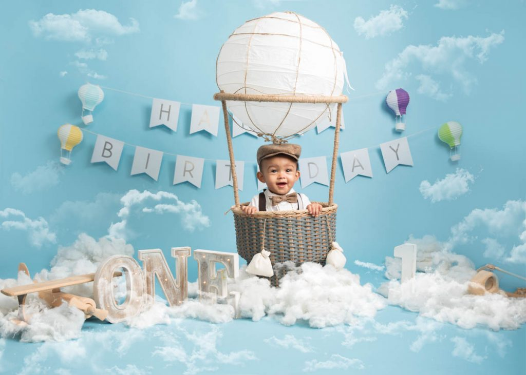 hot air balloon first birthday photography session