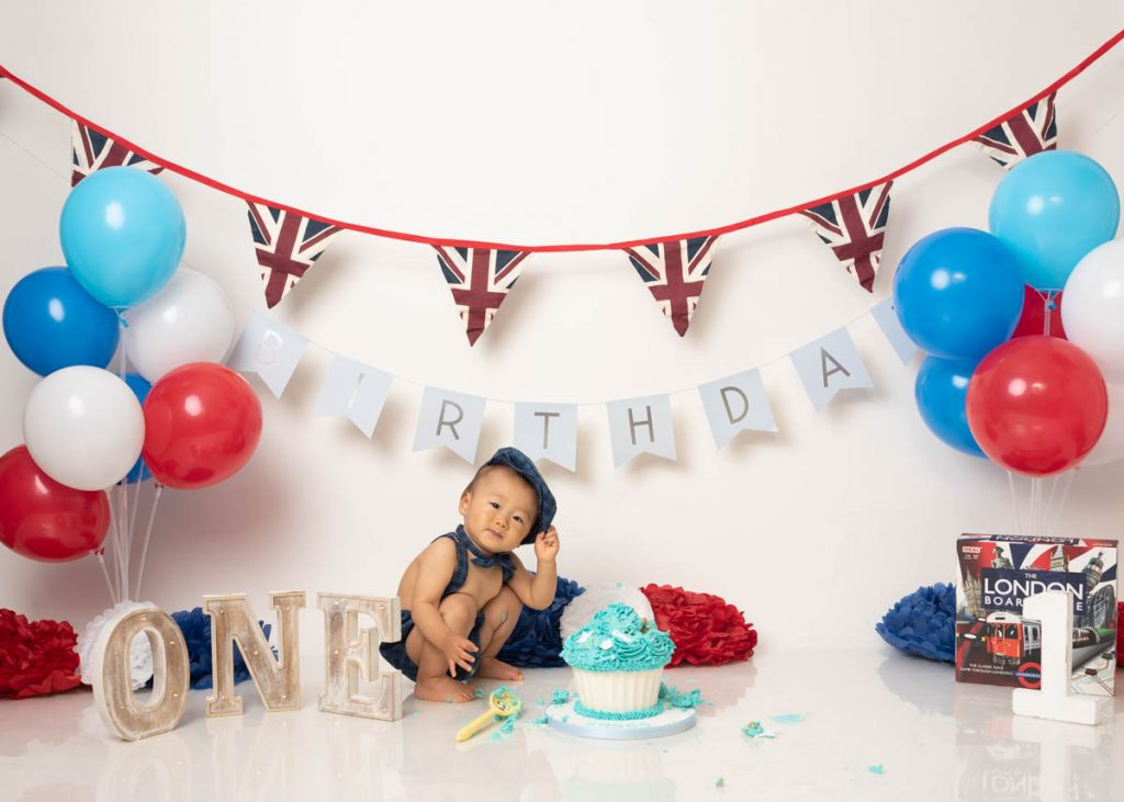 british themed and London themes cake smash for babies first birthday
