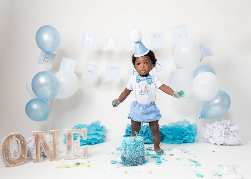 Gorgeous in blue, my first birthday, boy cake smash photography