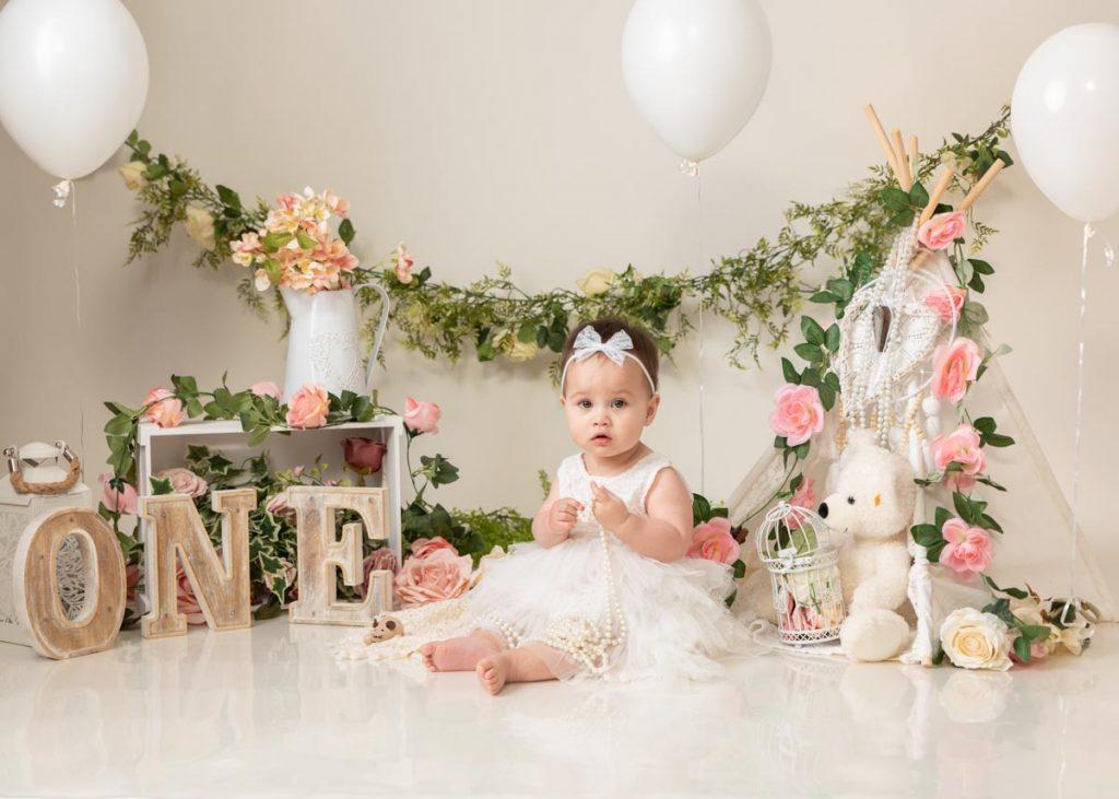 elegant first birthday photoshoot