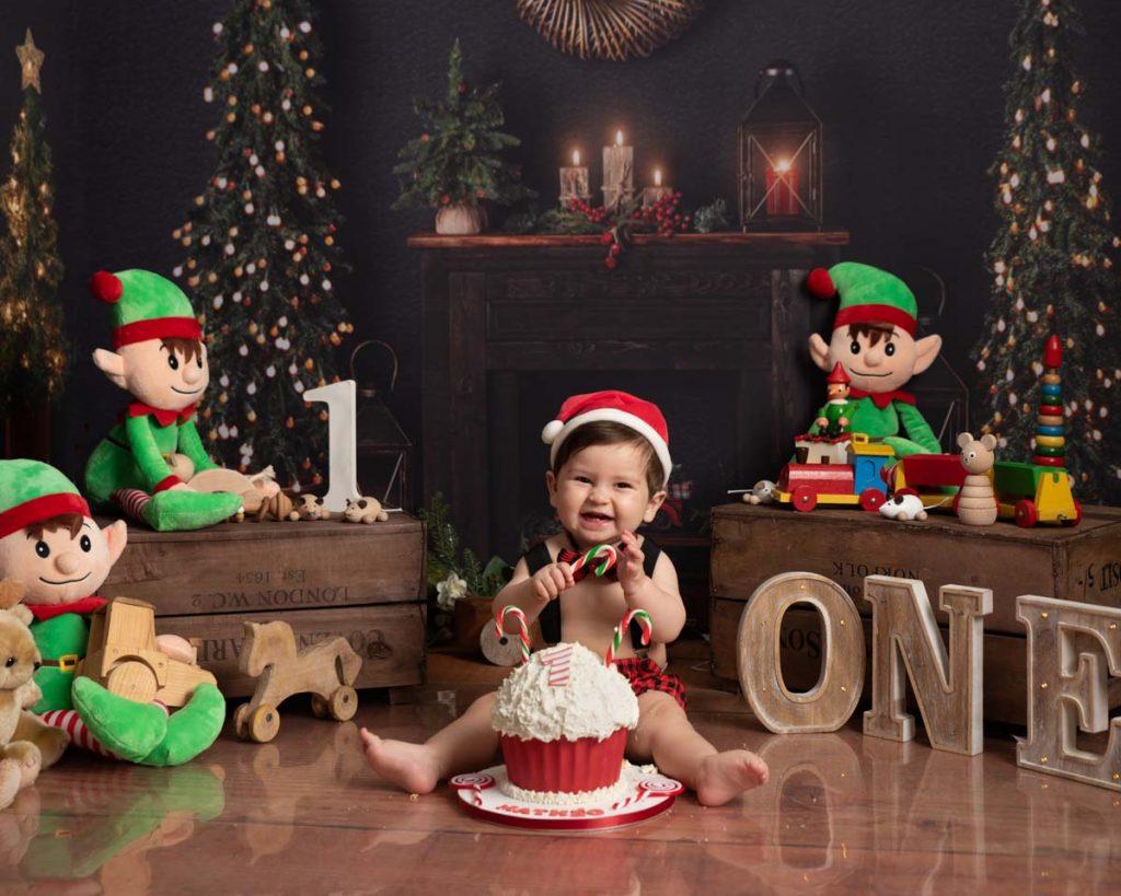 elf themed baby photoshoot first birthday