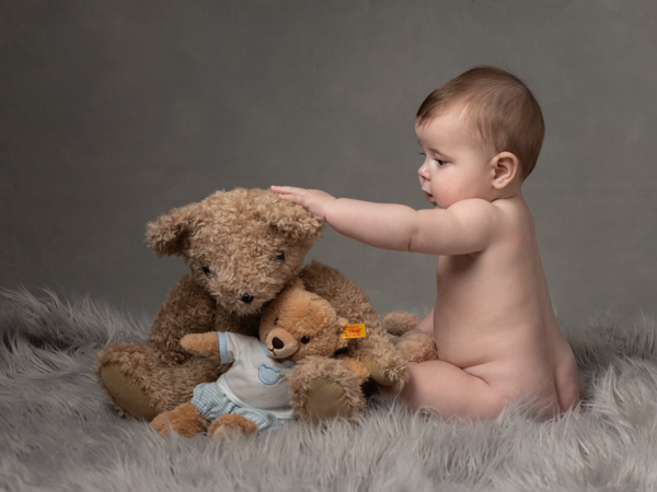 baby and teddy bear photoshoot