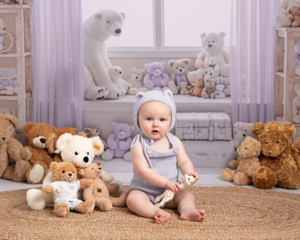 Baby photograph baby bear style