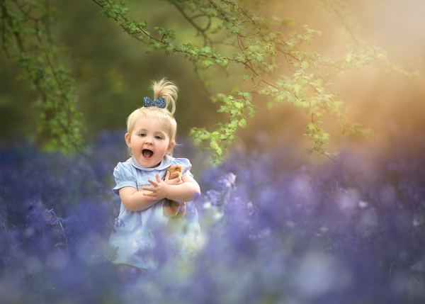 girl in lavender field outdoor photography session