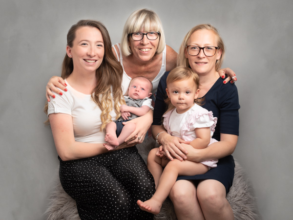 female family photoshoot